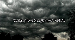 Mustad pilved